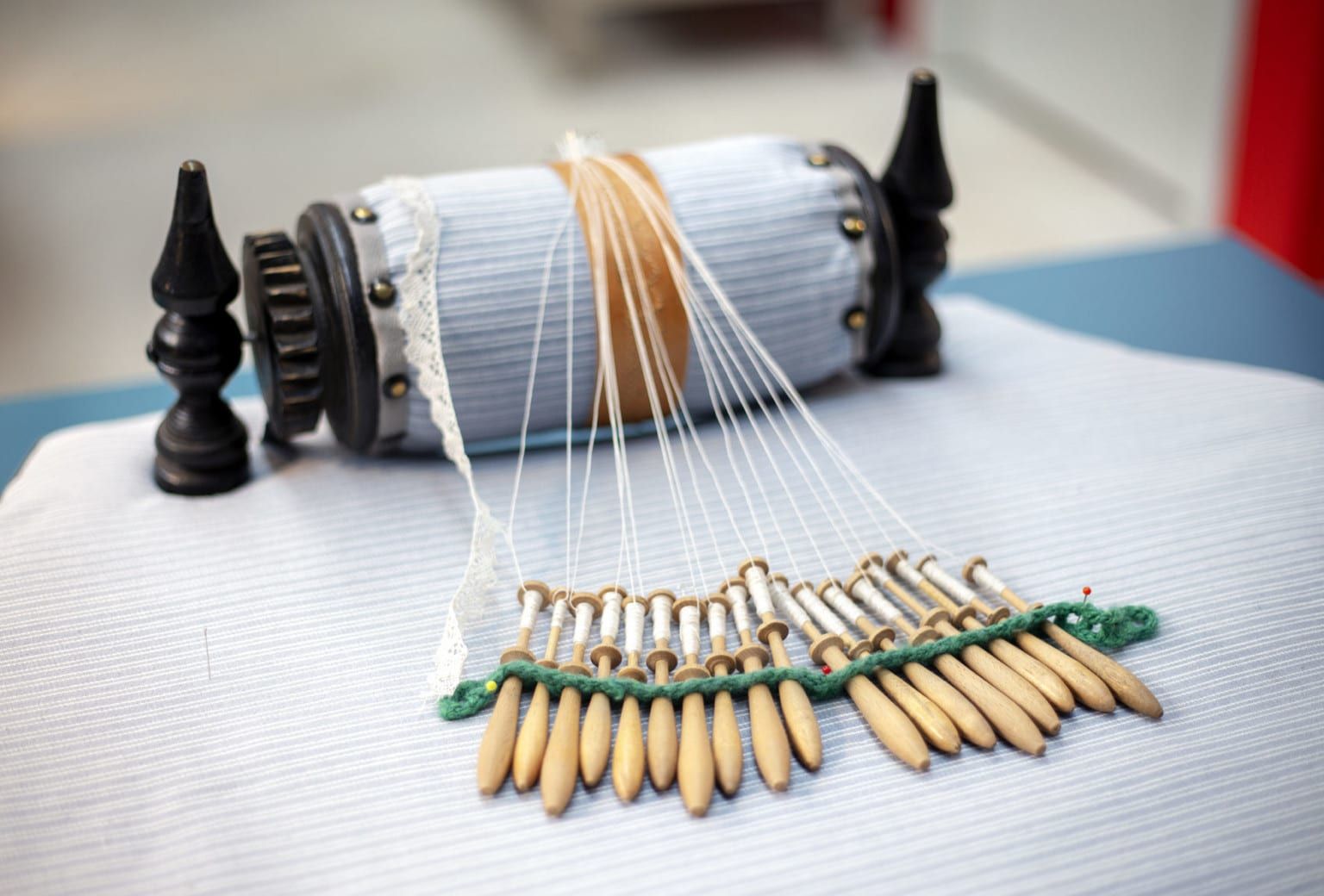 Workshop for børn kniplinger på Tekstilmuseet i Herning