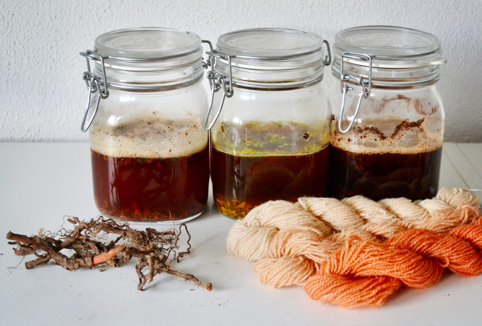 Kursus i plantefarvning på Tekstilmuseet