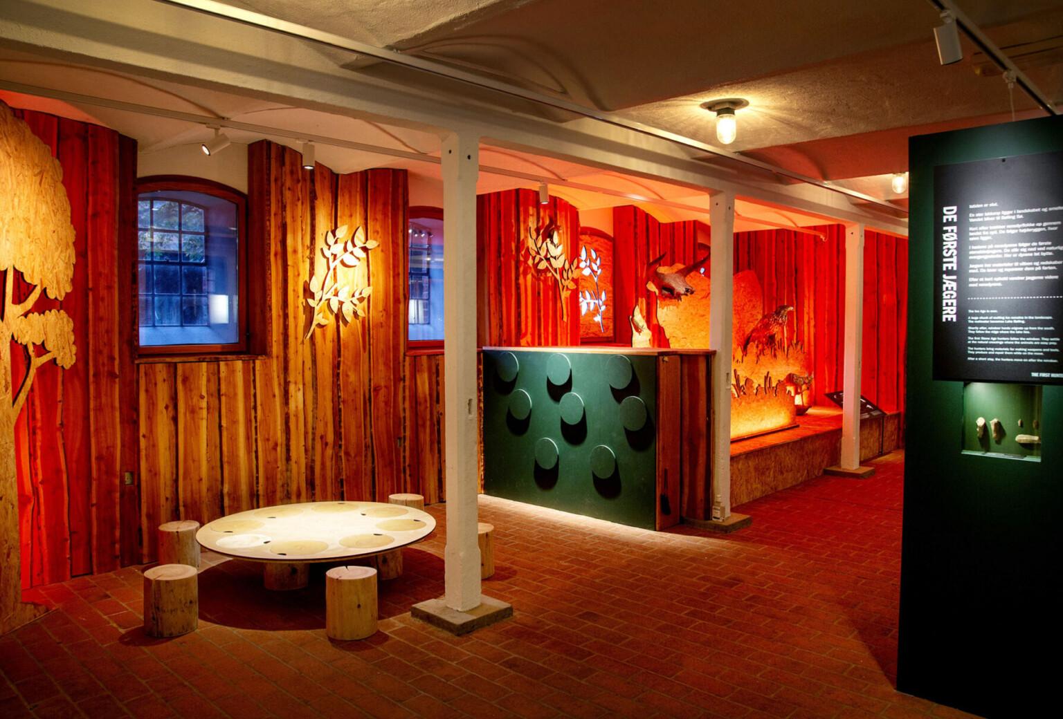 Ny udstilling på Klosterlund Museum om stenalderjægerne ved Bølling Sø