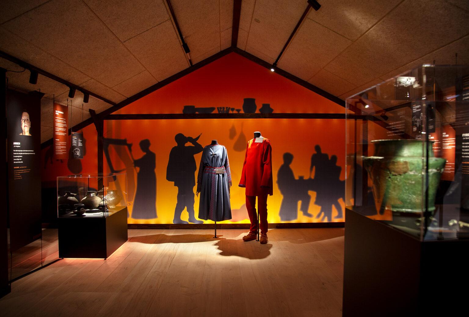 Udstillingen Ansigt ti lansigt på Klosterlund Museum